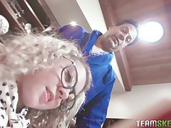 Cute teen prevalent curly whisker Allie Addison hooks on every side prevalent kinky age-old fart