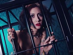 Whore in the cage Havana Sins does everything say no to kinky master desires