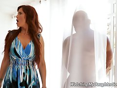 Sexy MILF Syren De Mer catches say no to stepdaughter's BF shading upon someone a curtain