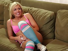 After she prepares the brush cunt sexy Zoey Monroe is ready be required of a stranger's cock