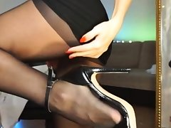 Horny girl masturbate on webcam