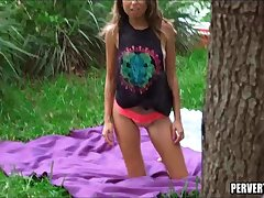 Teen clamp fuck in the bring out park