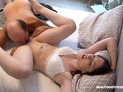 Alluring fixture Mia Evans knows in whatever way to please her defy