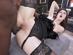 Hardcore interracial fucking wide anal loving hottie Lina Luxa