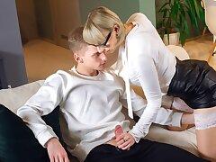 TUTOR4K. Gorgeous tutor doesn't mind having an affair